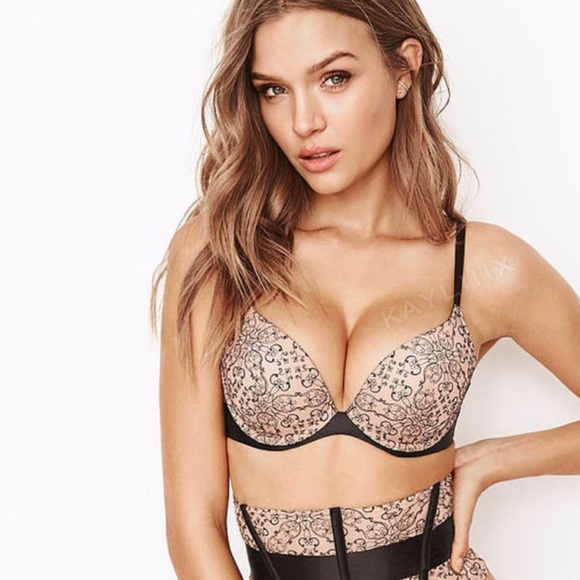 d7157ed334 NWT💐 32D Victoria s Secret Very Sexy push-up bra
